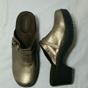 Lands'End gold faux leather clogs.  Sz 8